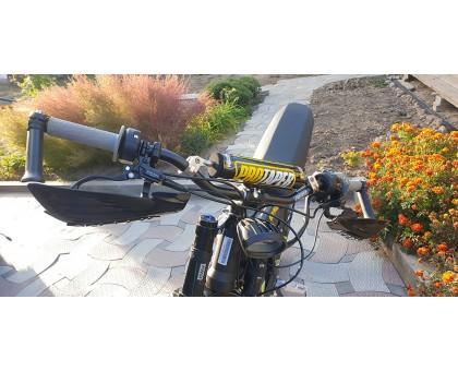 Motorcycle steering wheel
